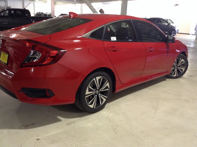 New 2018 Honda Civic Sedan EX-L